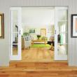 Livinguri din lemn masiv pentru camere de zi mai confortabile